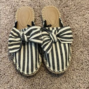 Loft Outlet cotton white and blue striped mules.
